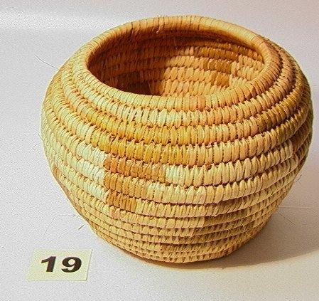19: PAPAGO Basket. Native American Indian Basket