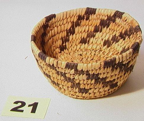 21: Small PAPAGO Basket. Native American Indian Basket