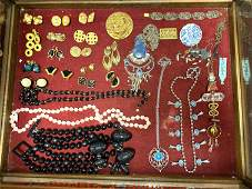 F) Large Lot Vintage Costume Jewelry. Beaded Necklaces,