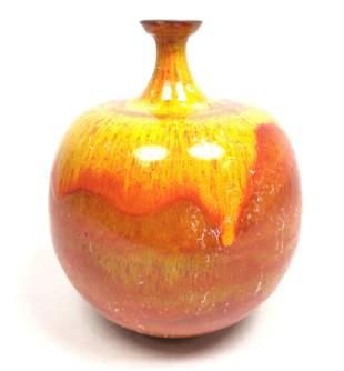 POLIA & WILLIAM PILLIN Pottery Bulbous Vase. Orange, re