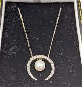 14k Gold Diamond and Pearl Crescent Pendant Necklace Y