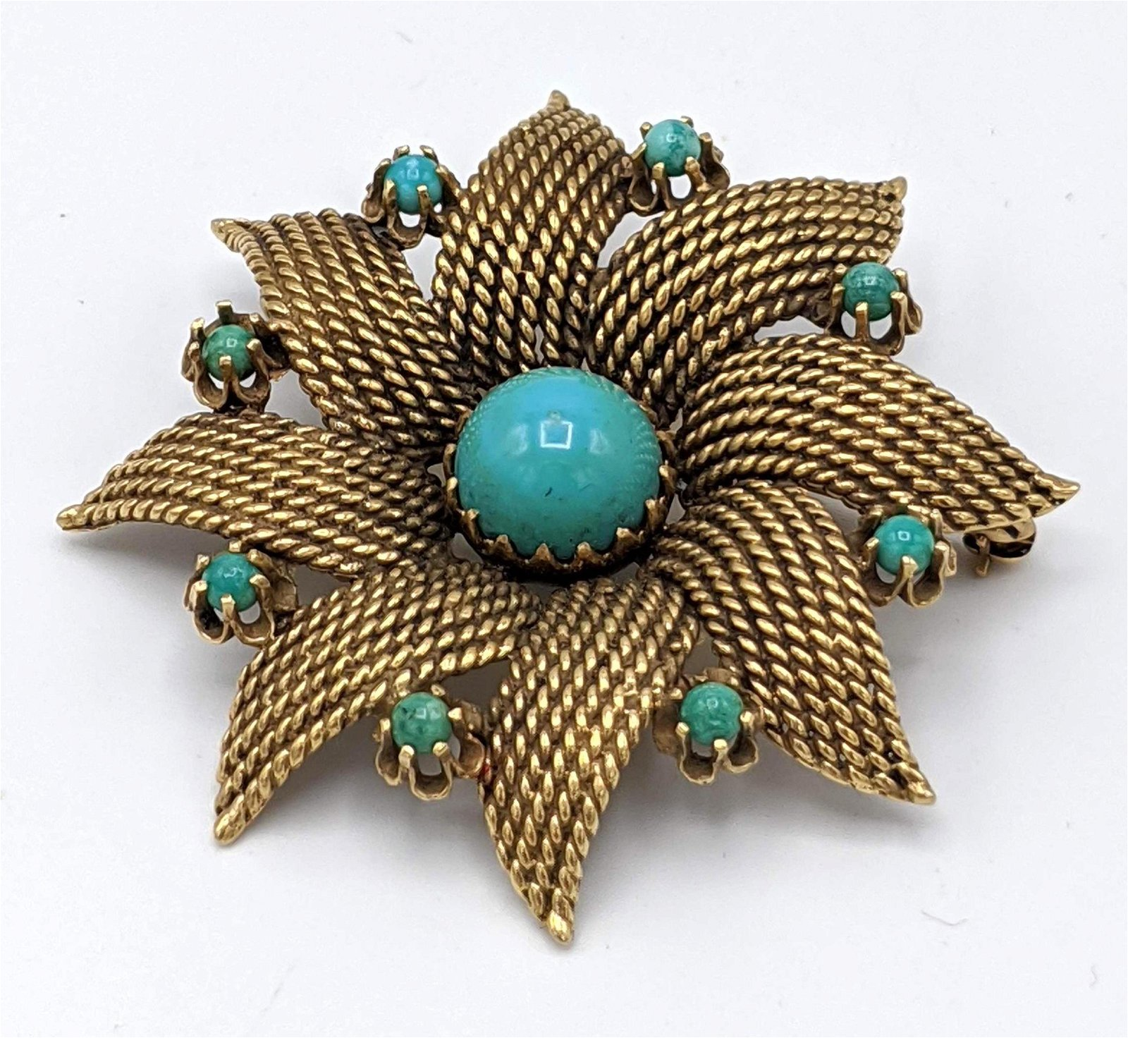 14k Gold Green Stone Starburst Pin. Starburst sunburst