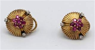 Pr Vintage 1940s Ruby Diamond 14k Gold Clip Earrings