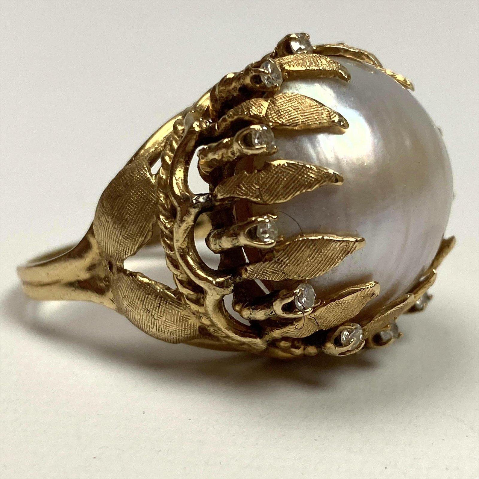 14K Gold Ladies Pearl Designer Cocktail Ring. Large lus