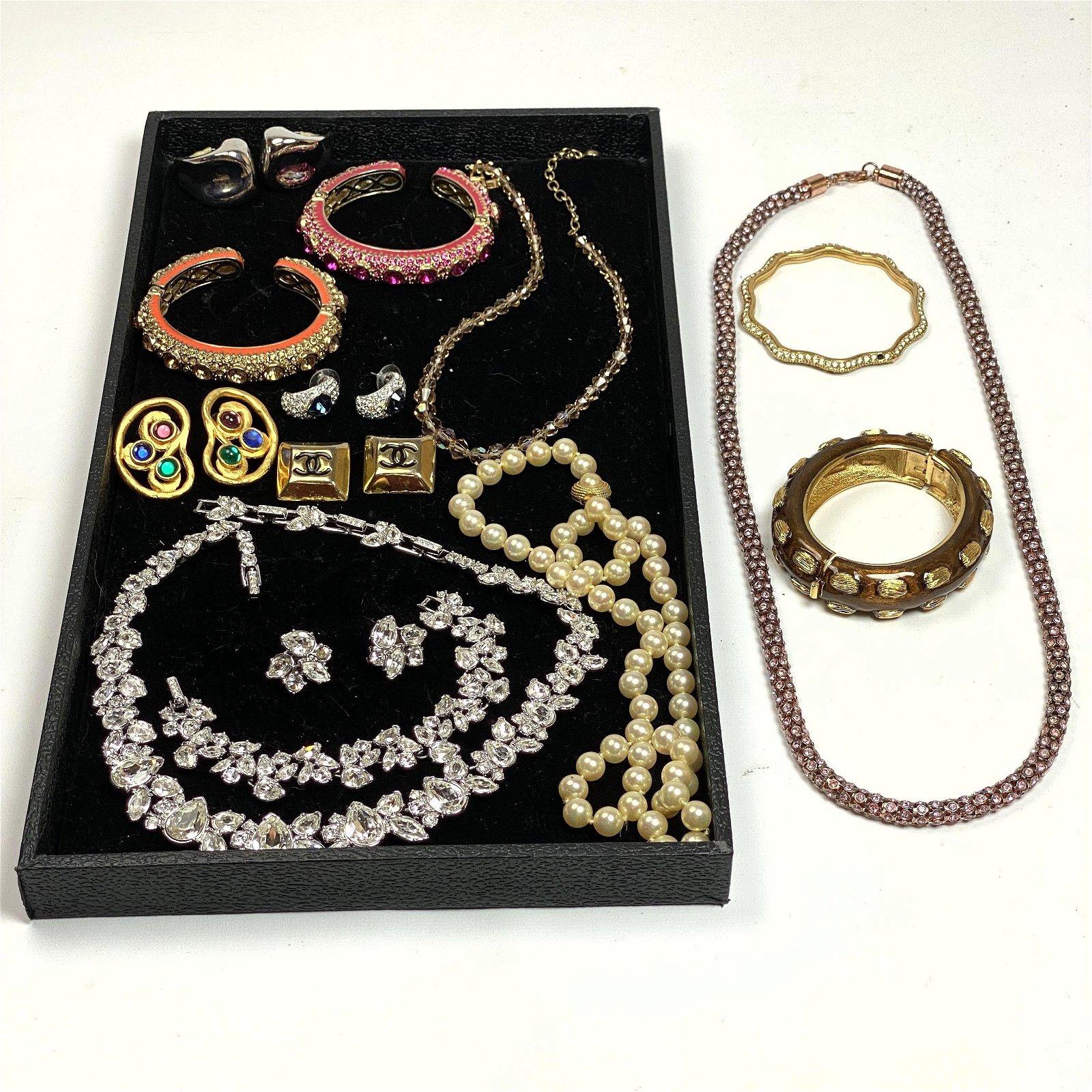 18pc Designer Costume jewelry. Including CINER, SWAROVS