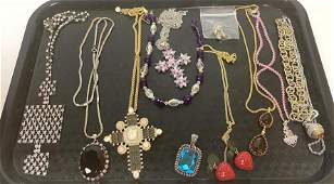12pc Costume Jewelry Lot Rhinestone  Crystal items M