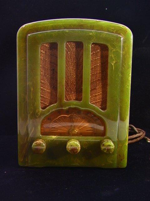 197: EMERSON GREEN BAKELITE CATALIN RADIO TOMBSTONE Ser