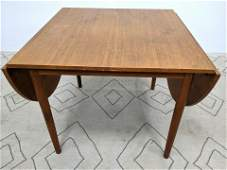 Danish Modern Teak Drop Side Dining Table. Tapered legs
