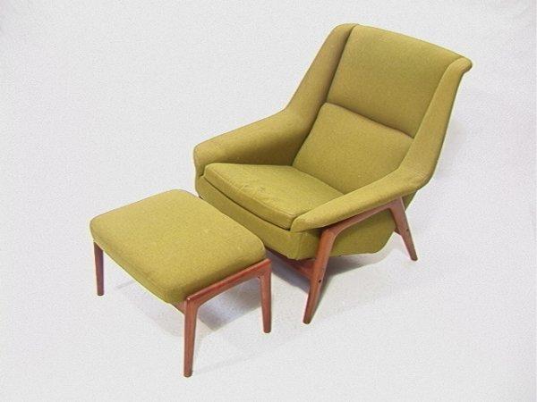389: Danish Modern Dux Lounge Chair and Ottoman. Teak F