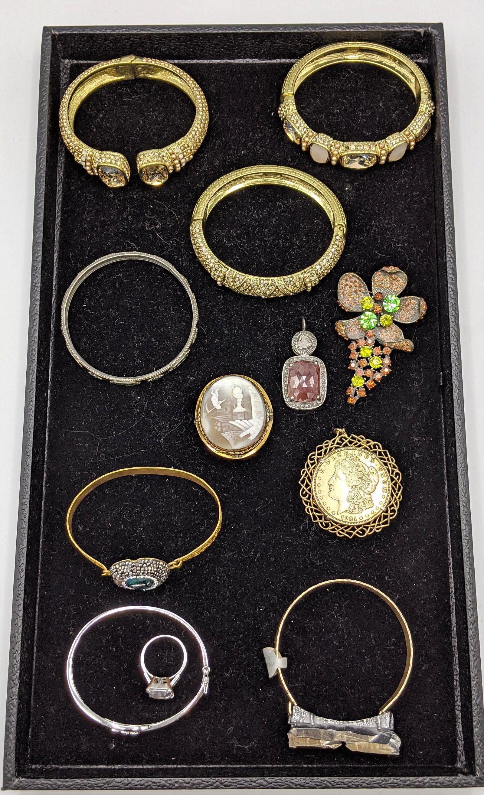 12pc Costume Jewelry Lot. Vintage carved shell cameo. B