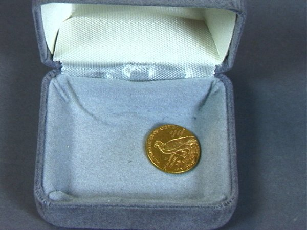 9: 1915 $2.5 American Eagle GOLD COIN.