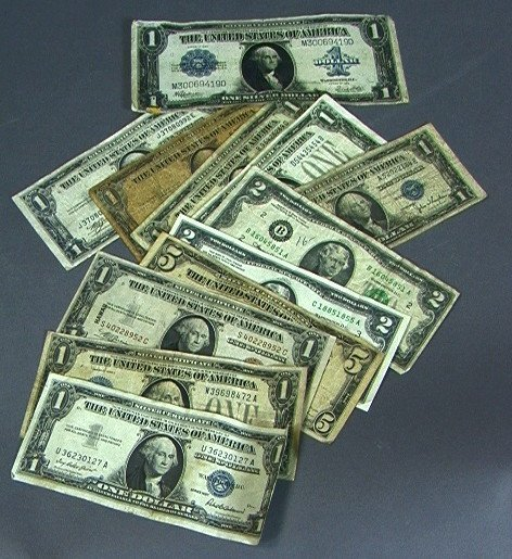 11: American Paper Money Currency Lot: 1923 Large Dol