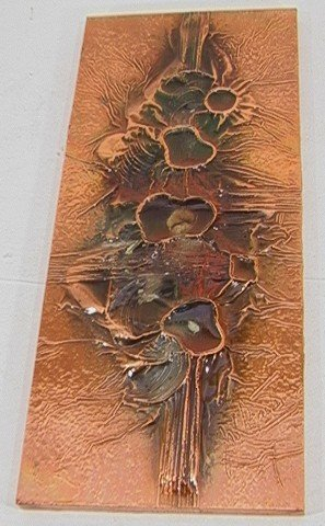 622: ARTIST SIGNED COPPER ON WOOD PLAQUE. Relief design