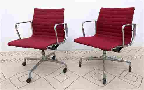Pr Charles Eames Herman Miller Office Chairs. Aluminum