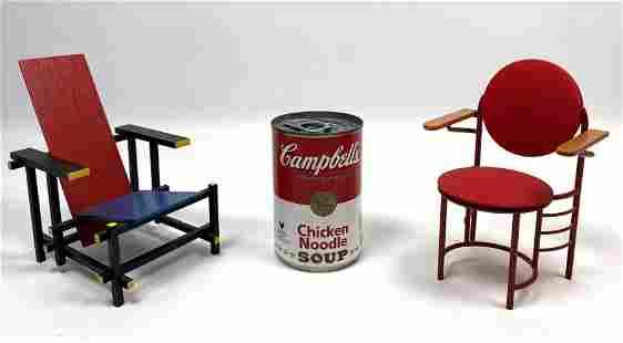 2 pcs VITRA Miniature Chairs. Gerrit T. Rietveld Roodbl