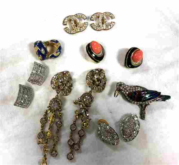 Mixed Costume Jewelry Lot. Gucci style link chain ename