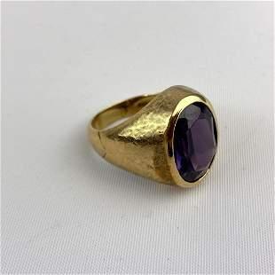 10K Gold Amethyst Man's Ring.  10K   8.4dwt.   Size 10.