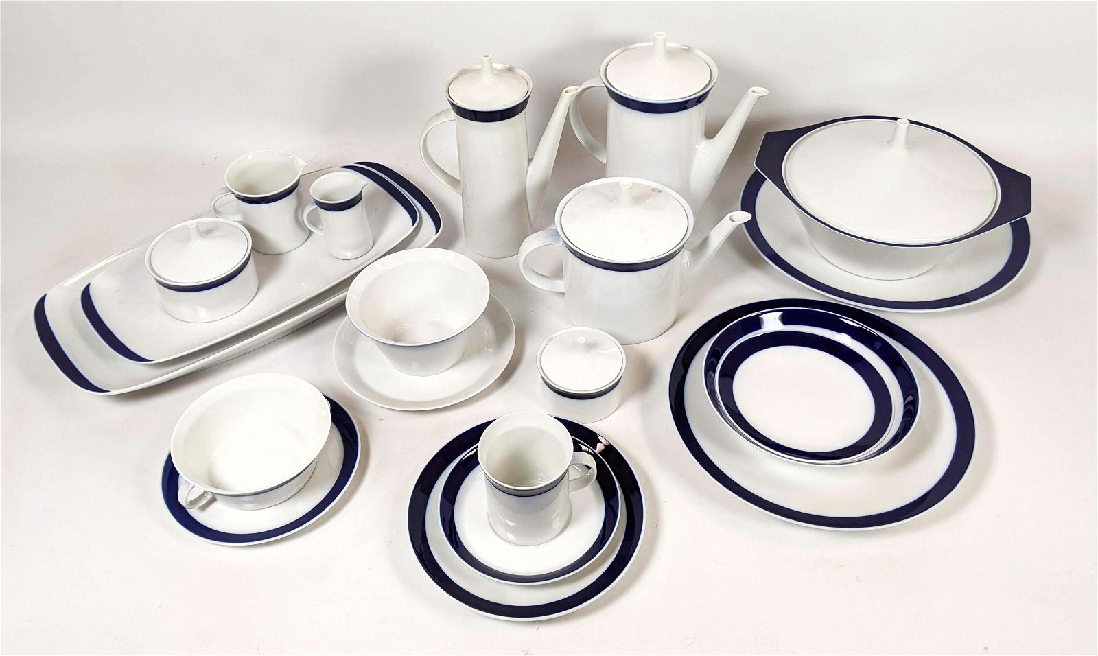 "180+ pc Set of ROSENTHAL ""Terzo"" China Dinnerware. Cob"