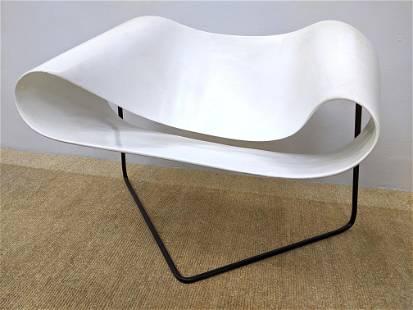 CESARE LEONARDI, FRANCA STAGI Molded White Ribbon Chair