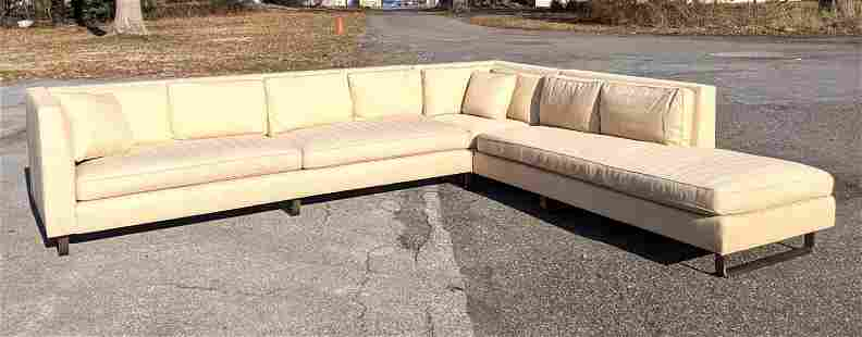 Decorator 2 Section L Shaped Sofa Couch. Bronze Style
