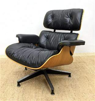 CHARLES EAMES 670 Lounge Chair and Ottoman.  Herman Mil
