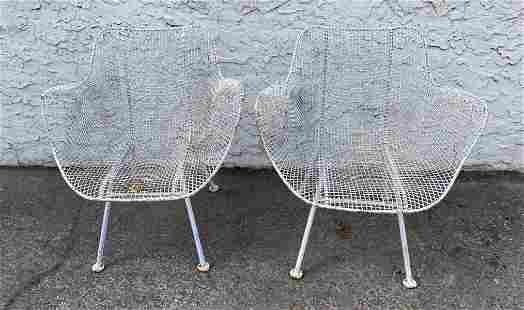 Pr RUSSELL WOODARD Mesh Iron Outdoor Lounge Chairs. Arm