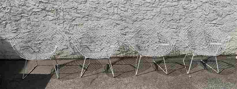 Set 4 Harry Bertoia Diamond Lounge Chairs. Painted Whi