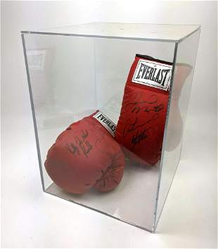 """Pair signed Boxing gloves. Arturo Gatti, Kelly """"The Gho"""