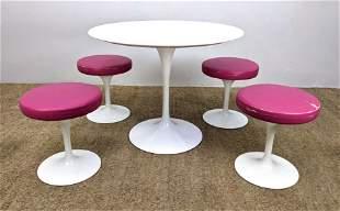 5pc Set EERO SAARINEN Tulip Dining Table Chairs. White