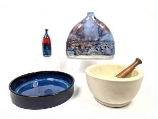Modernist Shelf lot. Mortar and pestle. Glazed pottery