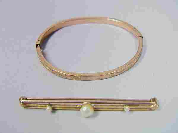 32: 2pcs Victorian 10k Gold Jewelry.  1.8in bar pin w