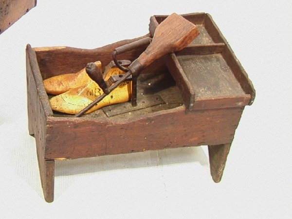 551: Antique Cobblers Bench with Tools and accessories - 6