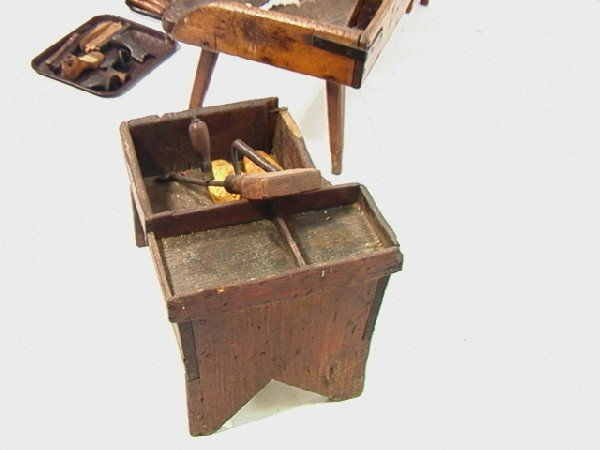 551: Antique Cobblers Bench with Tools and accessories - 7