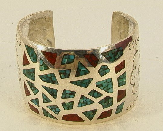 22: Native American Indian Turquoise Coral Bracelet. Si