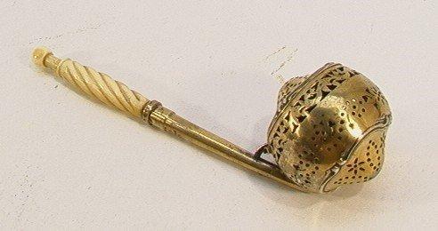 234: Sterling Ivory Handled Mechanical Tea Infuser Gold