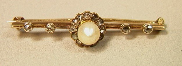 4: Victorian 14K Gold Bar Pin with Pearl and Mine Cu