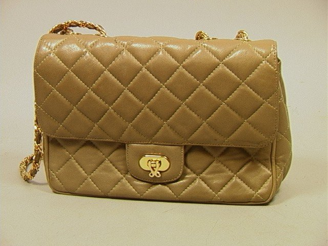 482: JH Quilted Leather Vintage Handbag Purse. Chanel