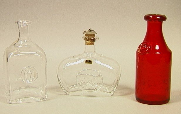14: ERIK HOGLUND Sweden BODA Art Glass Lot. Three Bot