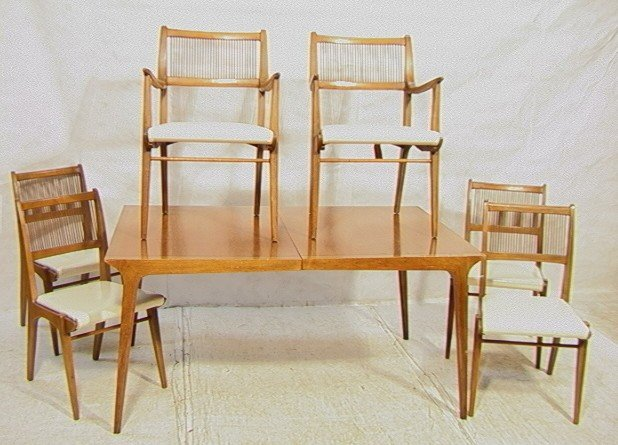 645: PROFILE by DREXEL Dining Set. Dining Table with 6