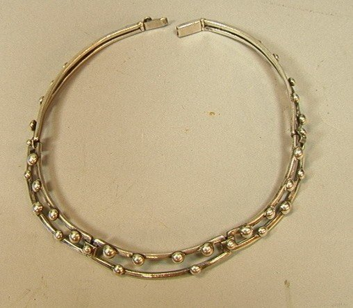 17: Unmarked Mexican Sterling Choker Necklace.  Bead