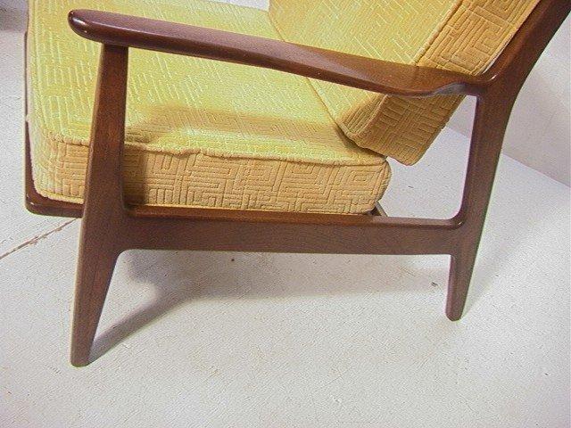 258: American Modern Walnut Lounge Chair.  Baumritter. - 3