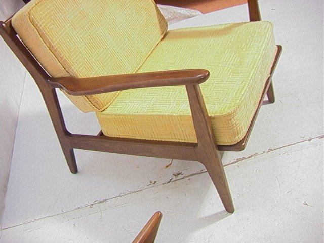 258: American Modern Walnut Lounge Chair.  Baumritter. - 5