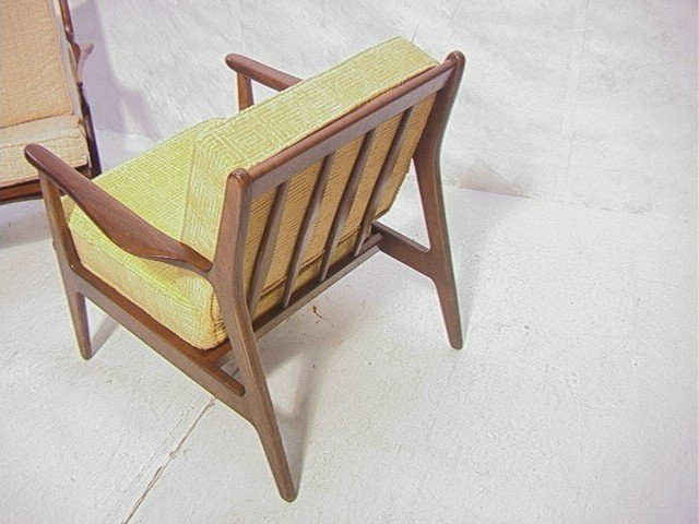258: American Modern Walnut Lounge Chair.  Baumritter. - 6