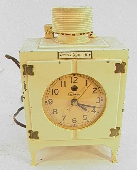 21: General Electric Telechron Refrigerator Clock   Dim