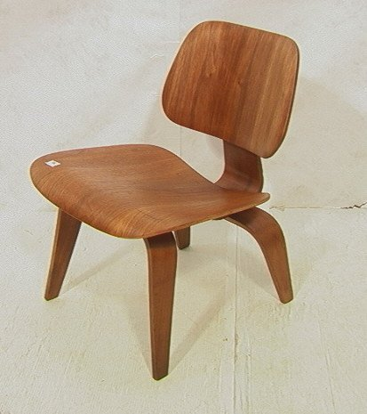 66: CHARLES EAMES LCW Lounge Chair. Herman Miller.  E
