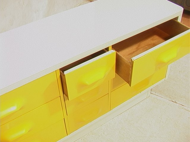 689: BROYHILL Yellow & White Plastic Dresser. Molded y - 10
