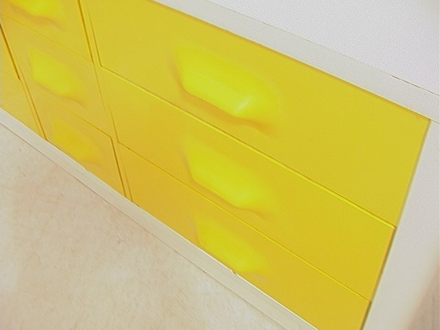 689: BROYHILL Yellow & White Plastic Dresser. Molded y - 8