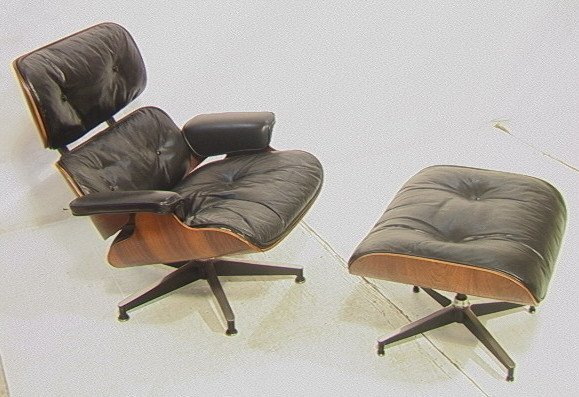 49: Early Vintage Herman Miller Rosewood Lounge Chair