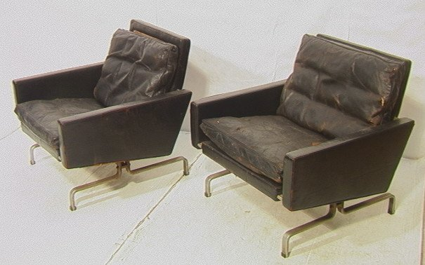 71: PR POUL KJAERHOLM Chairs. Black Leather Lounge Ch