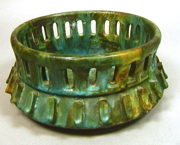 Architectural ALVINO BAGNI Italian Pottery Bowl.